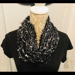 Accessories - Cozy Infinity Scarf